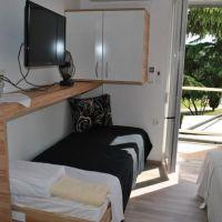 Apartamentos Ankaran 10168, Ankaran - Dormitorio
