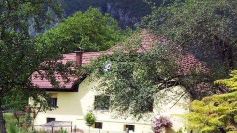 Zimmer und Ferienwohnungen Bovec 1136, Bovec - Exterieur