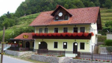 Apartamentos Črnomelj 1534, Črnomelj - Exterior