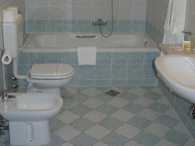 Bagno In Comune Hotel : Medichotel renče prenotazione in tre passi viaslovenia