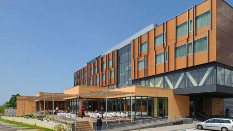 Hotel Casino Safir, Sežana - Exteriér