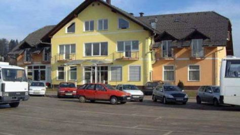 Pokoje a apartmány 1927, Novo mesto - Objekt