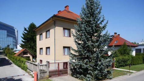 Rekreační dům Ljubljana 17242, Ljubljana - Objekt