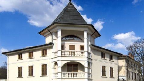 Hotel Casino Paquito, Renče - Objekt