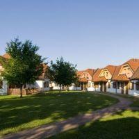 Apartmajsko naselje Prekmurska vas, Moravske Toplice - Zunanjost objekta