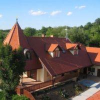 Turistična kmetija Čebelji gradič, Rogašovci - Zunanjost objekta