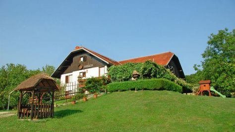 Turistična kmetija Ferencovi, Cankova - Zunanjost objekta