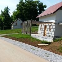 Dom Mirna Peč 18774, Mirna Peč - Podwórko
