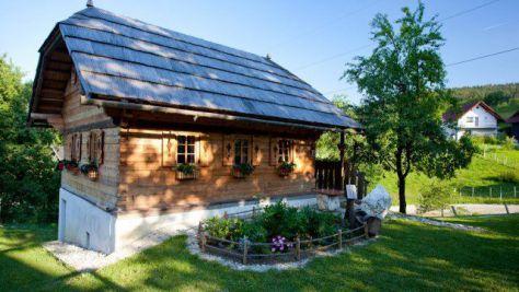 Tourist farm Samec, Slovenj Gradec, Kope - Property