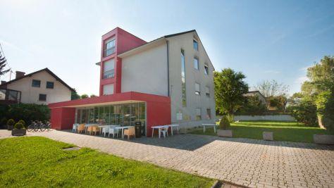 Hostel Simbol, Ljubljana - Exterieur