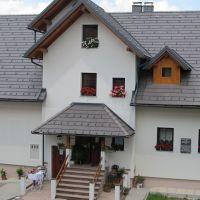 Turistična kmetija Ljubica, Gorenja vas - Zunanjost objekta