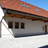 Apartmaji 8711, Cerknica - Zunanjost objekta