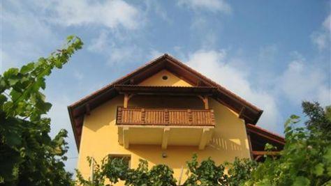 Apartmány Otočec 8830, Otočec - Objekt