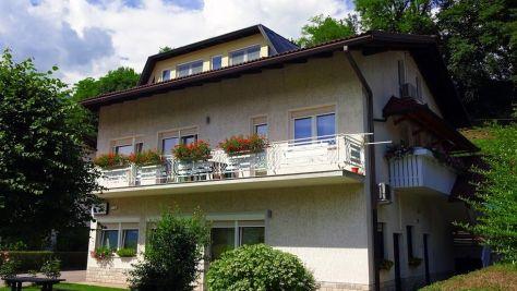 Rooms and apartments Tolmin 8888, Tolmin - Exterior