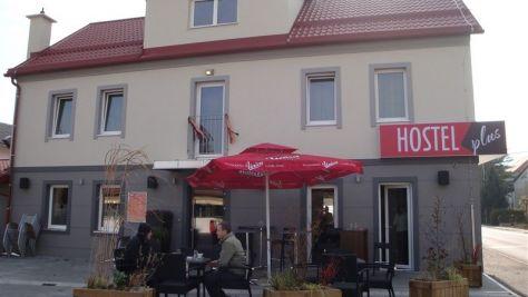 Hostel plus caffe, Žalec - Objekt