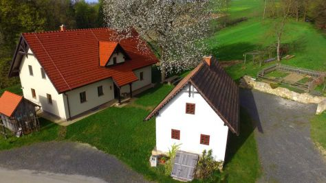 Turistična kmetija Rajšp, Benedikt - Exteriér